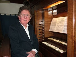 Graham Davies, organ, organist, Directoir of Music, Parker Pipe Organ 1786, Leatherhead Parish Church,