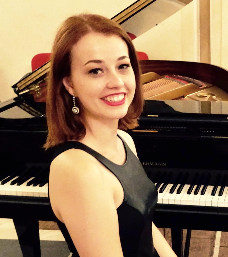 Haley Myles, piano, pianist,